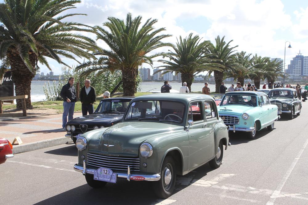 Punta1. Autos clasicos